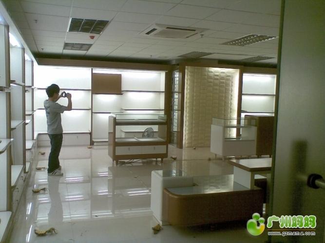 150平方高档化装品展厅装修效果分享 装修家居